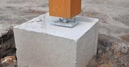 SPielturm Kletterturm Stelzenhaus Betonfundament