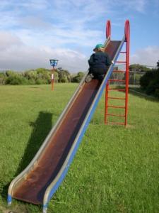 Kinderrutsche freistehend - Welche Höhe ?