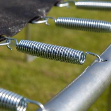 Detailaufnahme Federung Ultrasport Gartentrampolin Jumper inkl. Sicherheitsnetz
