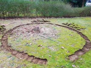 Vorbereitungen Aufbau Gartentrampolin